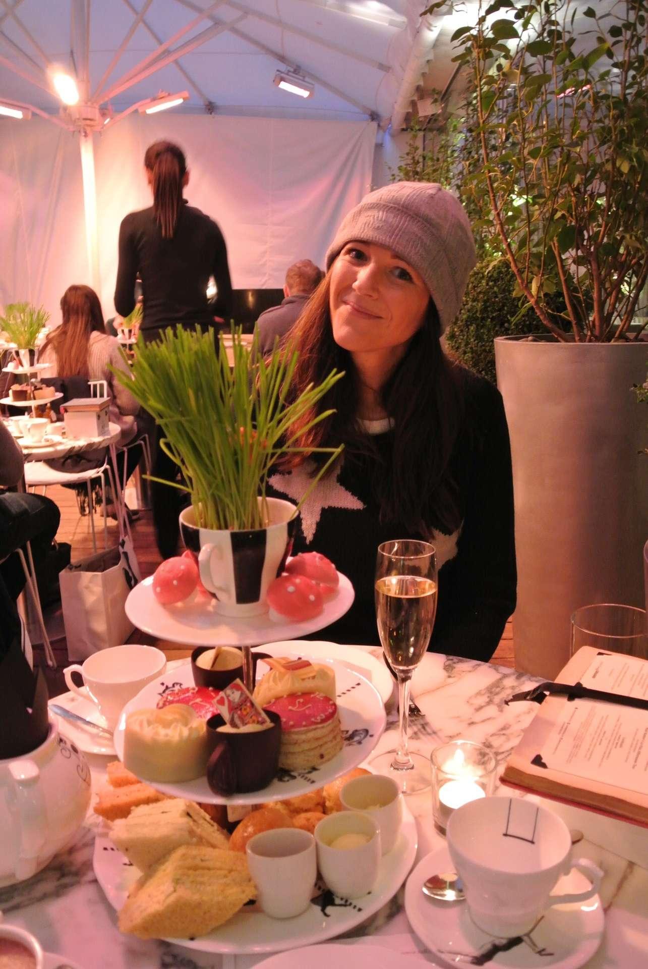 Mad Afternoon Tea - Hotel Sanderson Londra