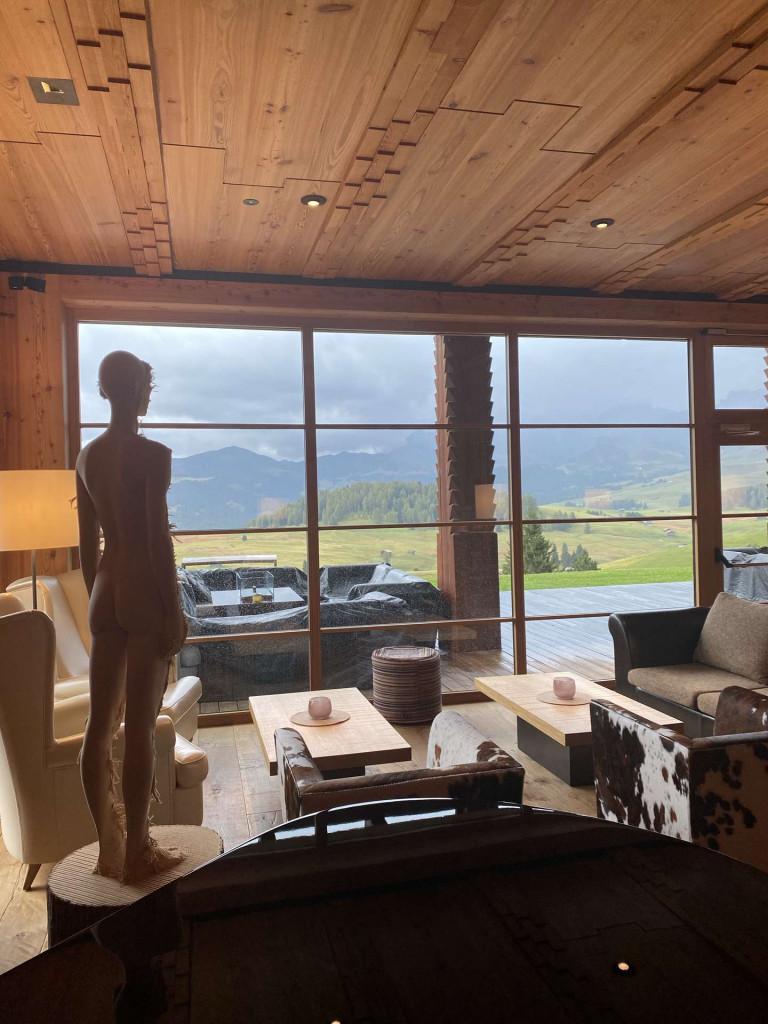 Adler-mountain-lodge-chalet-esclusivo-alpe-di-siusi-hall