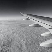 volo-intercontinentale-bianco-e-nero